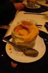 creme de abóbora e fondue de queijo em crosta
